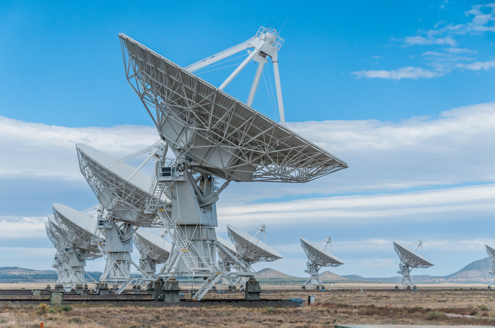 Montaż i naprawa anteny satelitarnej
